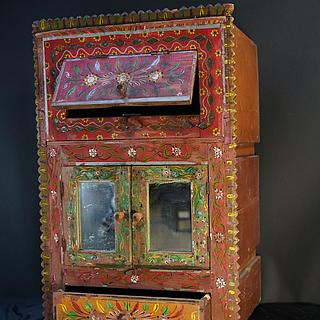 Painted small cupboard Sind 16.01.1565