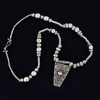 Nice Ethiopian necklace with pendant 02.03.537