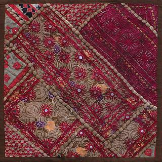 Under construction: CENTRAL ASIAN TEXTILES 11