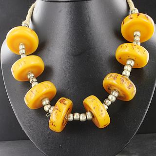 Beautiful Necklace with synthetic amber beads 02.03.521