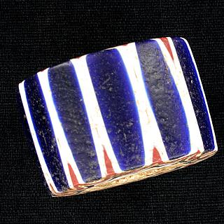 Large six layer chevron bead 05.01.1496