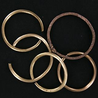 Lot of 5 brass rings (bracelets) from Chad 01.02.812