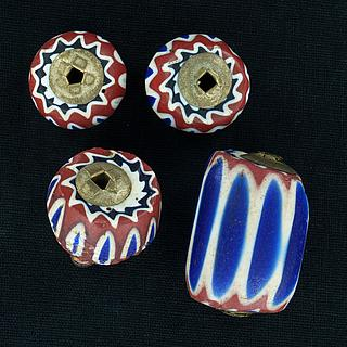 Five chevron beads with metal cap 05.01.1508