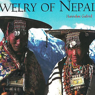 Hannelore Gabriel; Jewellery of Nepal, London 1999 25.01.1206
