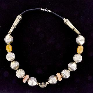 Beautiful Ethiopian necklace with Muria- and real amber beads 02.03.516