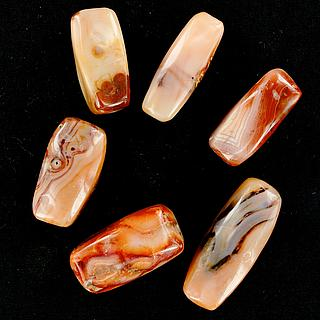 Set of 6 nice and lage carnelian beads 05.04.967