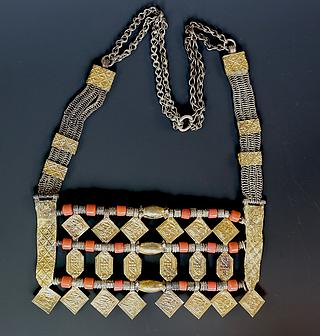 "Omani ""shibgat"" necklace 03.01.124"