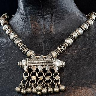 Beduin silver necklace Yemen 03.01.1337