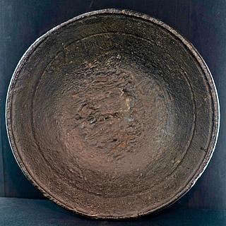 Heavy wooden plate from Africa 09.05.1761