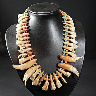 Necklace with water-buffalo teeth 04.05.1973