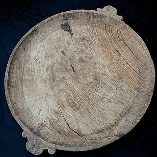 Extra large wooden plate 09.05.1750