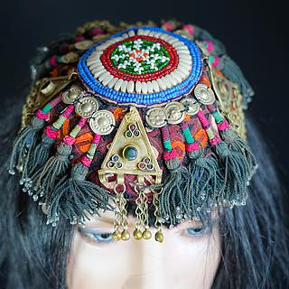 Clourfull hat from Central Asia 04.03.1981