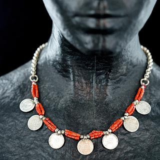 Omani necklace with old Indian coins 03.01.1284